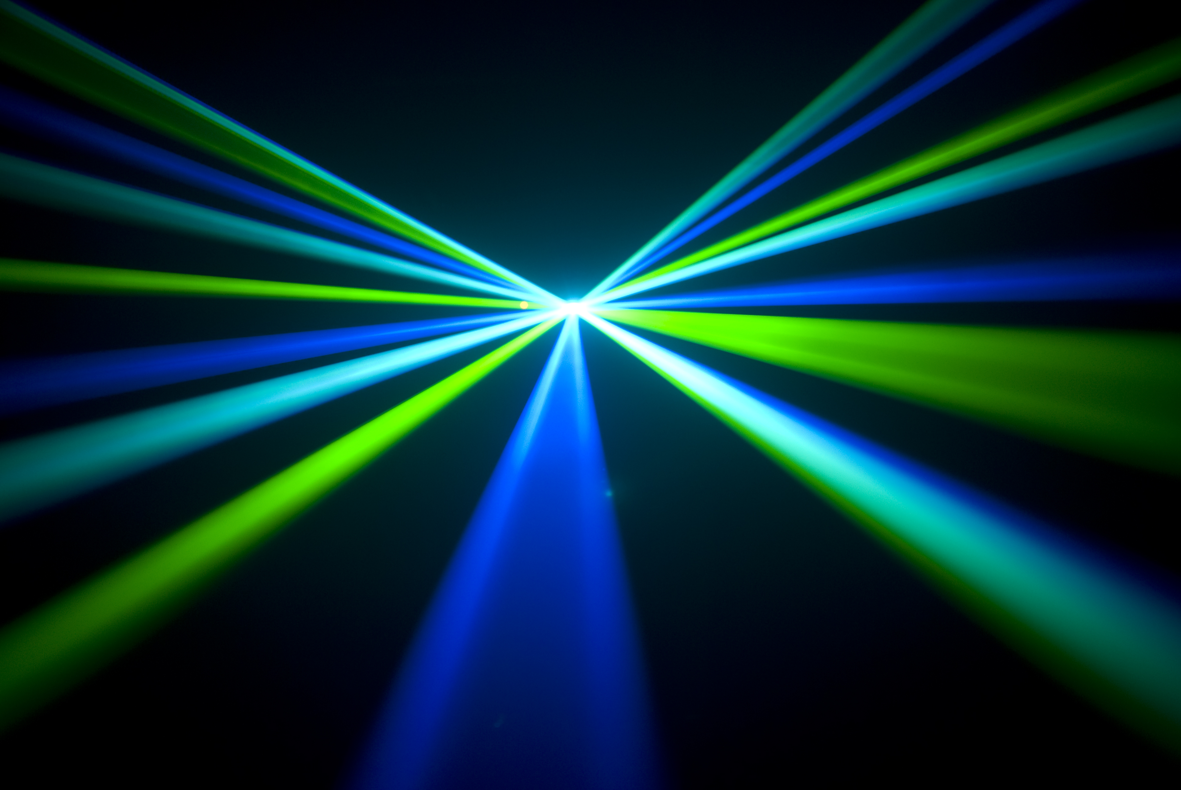 New Device Converts Radio Waves Into Light Waves In