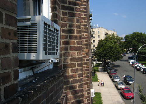 window air conditioner photo