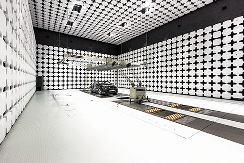 Automotive test chamber using polystyrene absorber